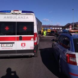 Grave incidente in autostrada  Sei feriti,  code tra Fino e Grandate