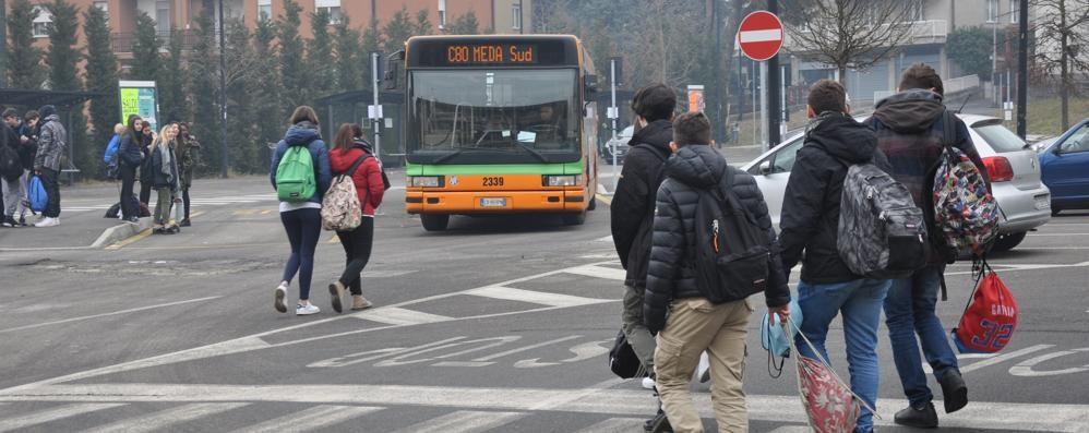 Un bus per gli studenti di Fecchio  I genitori rilanciano la petizione