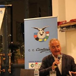 «Io, il Lombardia e Casartelli» De Zan da applausi a Como