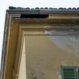 Erba, Villa Ceriani perde pezzi  «Resta agibile ma urgono lavori»