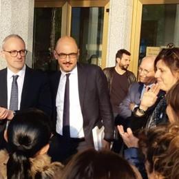 Il vice ministro a Campione   «Non sarà una battaglia persa»