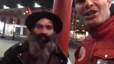 Davide Baruffini. Cant. Morto a 42 anni. Video con il fondatore dei City Angels Mario Furlan. Piazzale Cadorna.