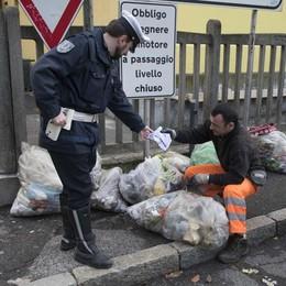 Foto-trappole per gli incivili  Lomazzo, multe fino a 500 euro