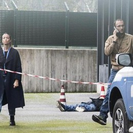 """Morte di """"Baru"""", si indaga per omicidio  Nel parcheggio altri giacigli di clochard"""