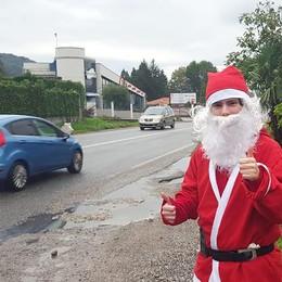 Tavernerio, è già tempo di feste  Sulla Briantea c'è Babbo Natale