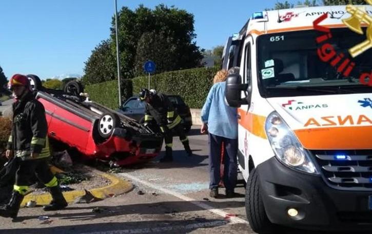 Auto ribaltata a Cirimido Soccorse quattro persone