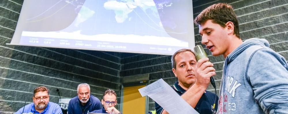 I ragazzi chiamano, l'astronauta risponde  Como, lezione in diretta con lo spazio