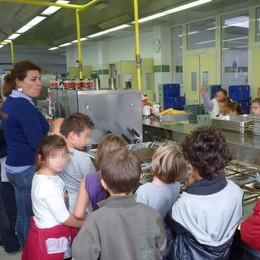 «Mariano, basta pasti da Giussano  Costruiremo il centro di cottura»