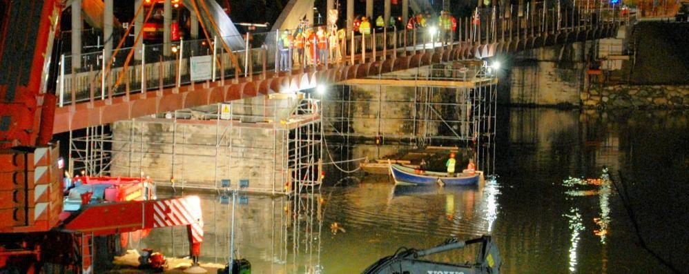 Sorico, c'è la nuova passerella  al Ponte del Passo, lavori finiti in anticipo