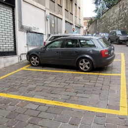 Cantù, parcheggi per residenti  La tariffa rimane 150 euro