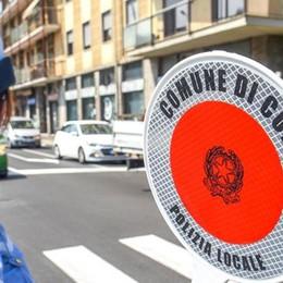 """Mendicanti, parchi e """"zone rosse""""  Como, nuovi divieti al via    Scarica qui il regolamento"""