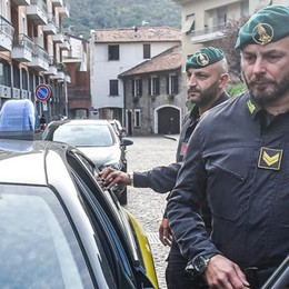 Taborelli: «Soldi a Pennestrì  anche per un'altra pratica»