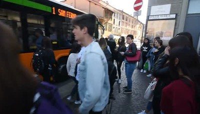 Bus strapieni, video-denuncia