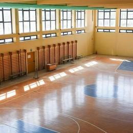 Palestre a pezzi, i presidi si arrabbiano  E vietano l'ingresso alle società sportive
