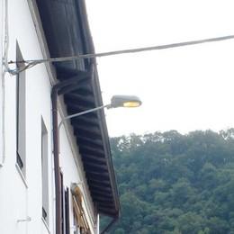 Prima sempre accesi, adesso spenti  A Tavernerio lampioni ancora in tilt
