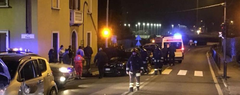Scontro tra automobili  Due feriti a Solbiate