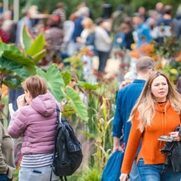 Orticolario cresce, mai così in tanti  Nel weekend 30mila visitatori