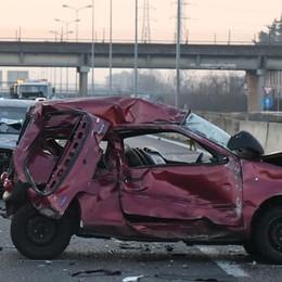 """Investito dopo aver salvato due vite   Il """"Samaritano"""" al taxista eroe"""
