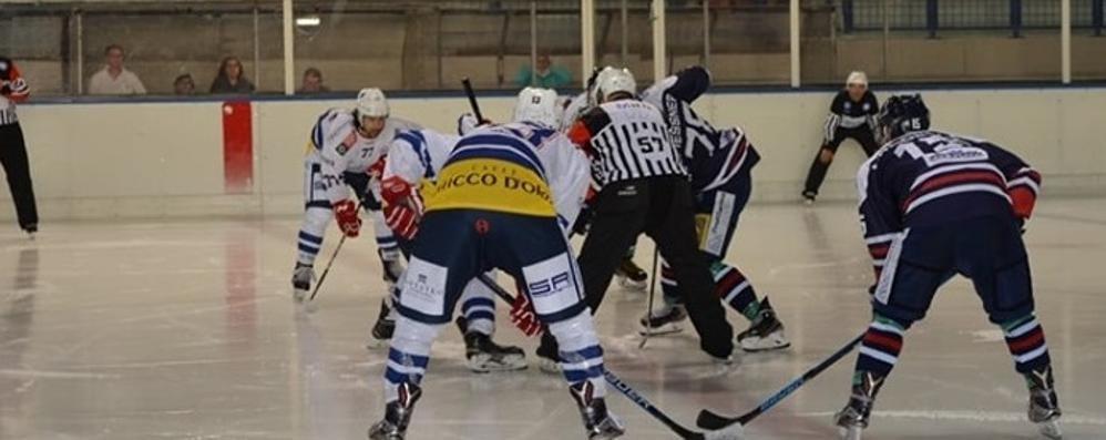 Scioperano gli arbitri  L'Hockey Como non gioca