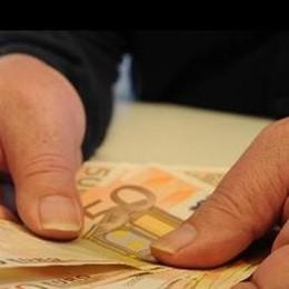 """Un tesoro in contanti  nella casa del """"mago""""  Trovati 30mila euro"""