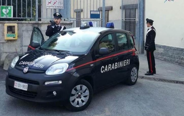 Spaccio nei boschi di Turate Due arresti dei carabinieri