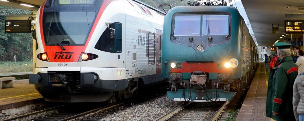 Treni cancellati o in forte ritardo Mattinata di caos per i pendolari