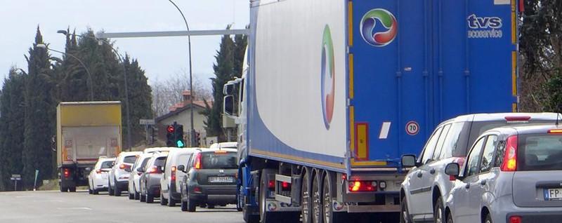 Casiglio, meno soldi dal semaforo Ma diminuiscono anche le code - La Provincia di Como