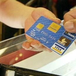 Nel portafogli basta contanti?  Moneta elettronica, attenti ai costi