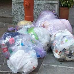 Cantù, revocato il bando dei rifiuti  Il Comune teme problemi legali