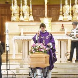 Cernobbio, commozione  per l'addio a Nonna Pupa