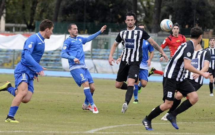 Como, quei tondi colpi in trasferta Dici 1-4 e pensi a Lecce e Avellino