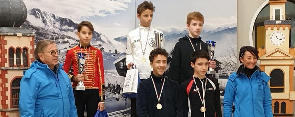 Cinque medaglie lariane E Mapelli è ancora d'oro