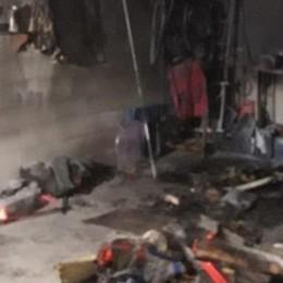 Incendio in un box Pompieri a Gravedona