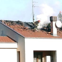 Mansarde a fuoco a Lambrugo  Sospetti sulla stufa