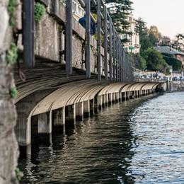Como, pericolo Villa Geno  Tre mesi di lavori per evitare crolli