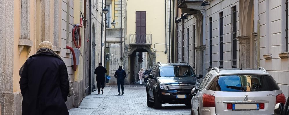 Como: Ztl, Roma boccia le telecamere  E chi sosta per ore la fa franca