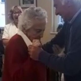 La nonna di 106 anni  che balla il valzer   GUARDA IL VIDEO