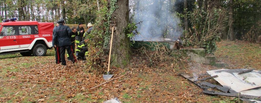 Esplode capanno da caccia  Vigili del fuoco a Valmorea