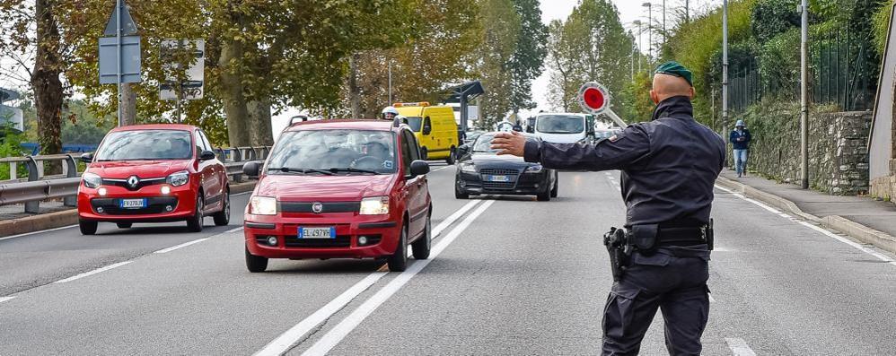 Un ferito in un incidente in via Napoleona Traffico rallentato, disagi in tutta la città