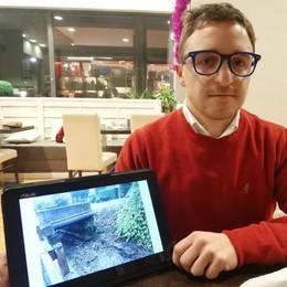 Carugo, l'allarme del geologo  «Abbattete il ponte sulla Roggia»