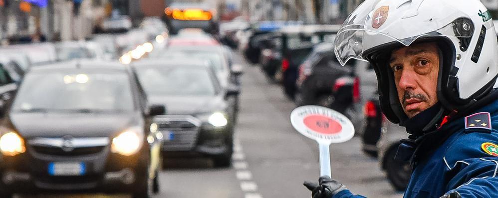 Como: Balocchi e traffico  Una domenica di caos (calmo)