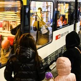 Treni, orari nuovi  ma problemi vecchi  «Va persino peggio»