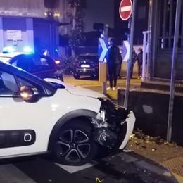 Auto in contromano con il senso unico  Due incidenti a Luisago in appena 4 giorni