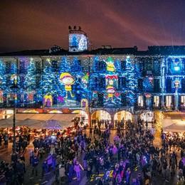 Como Città dei Balocchi  Nuove luci in piazza del Duomo