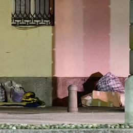 Uno smartphone ai senzatetto  «Quelli usati regalateli a noi»