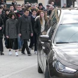 Folla per l'addio a Corengia  «Il vero spirito di servizio»