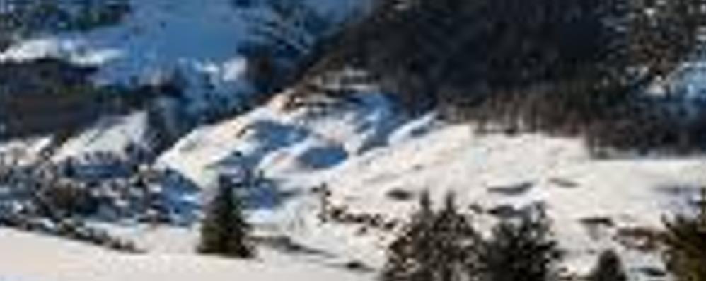 Gita sulla ciaspole in Svizzera Escursionista muore a Splugen