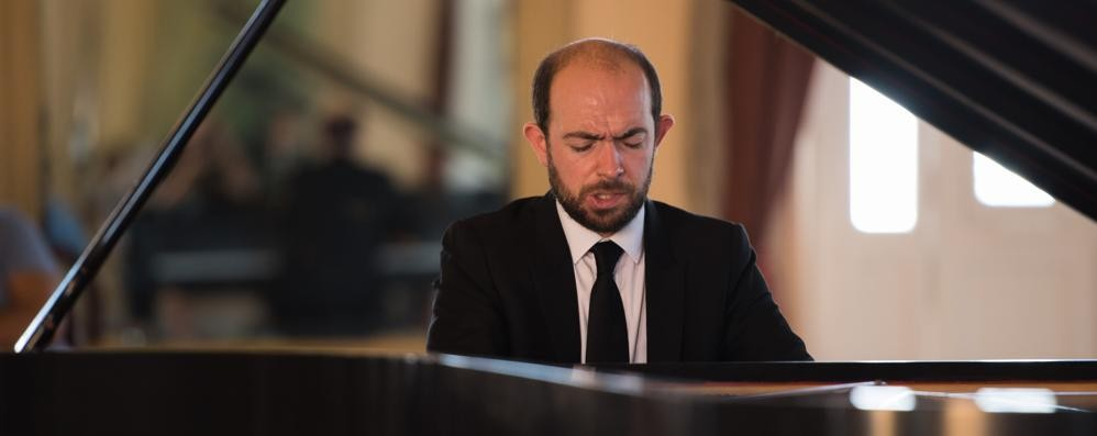 François Dumont: al Carducci  un pianoforte spericolato