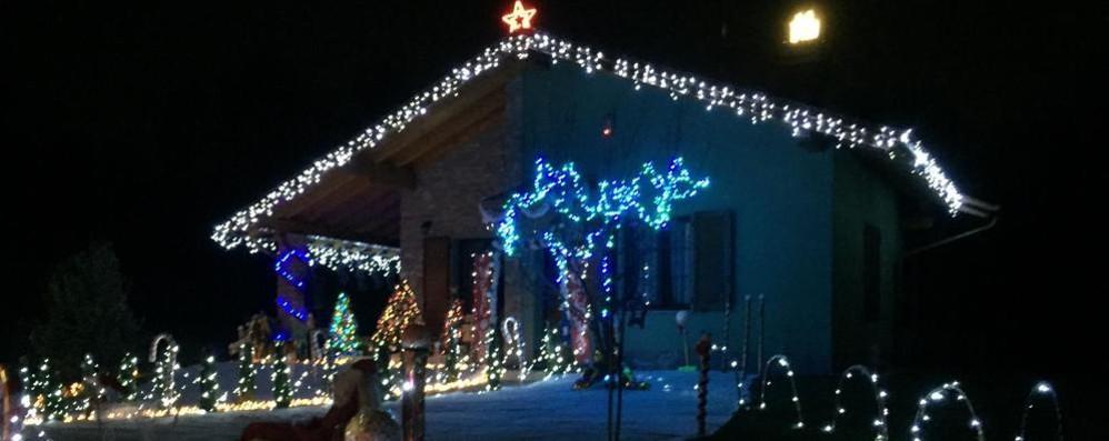 """C'è aria di festa in tutta Olgiate  """"Bianco Natale"""" anche in periferia"""