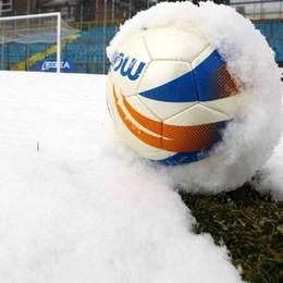 Neve, si ferma tutto il calcio Ma chi può giocare, è libero di farlo